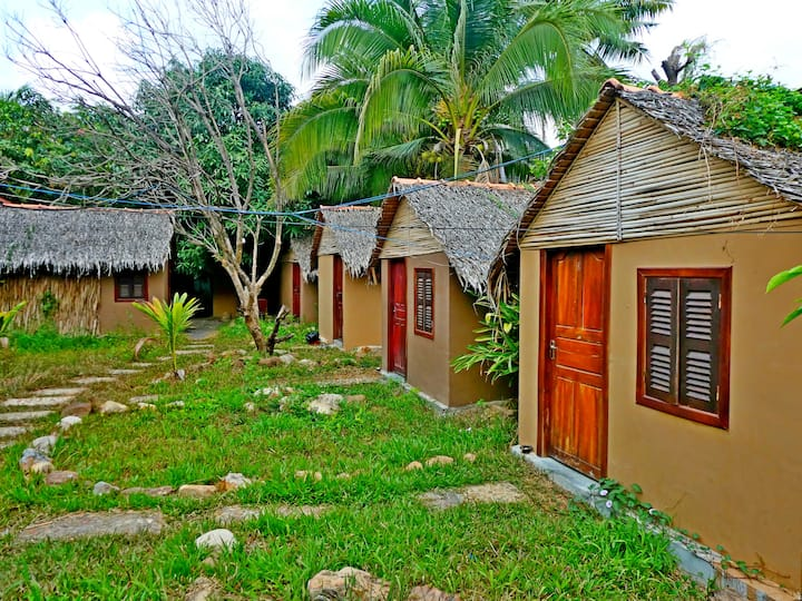 The Plantation (Basic Huts)