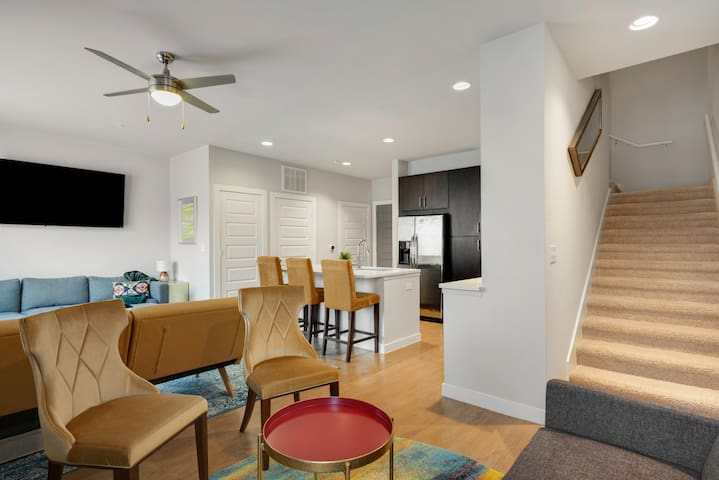 Stylish Townhome in the Heart of it All!