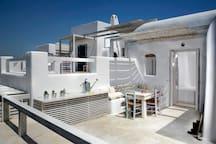 Executive Studio 2 - Balcony