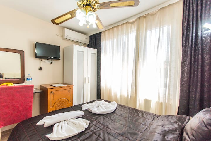 İstanblue apart double room - Fatih - บ้าน