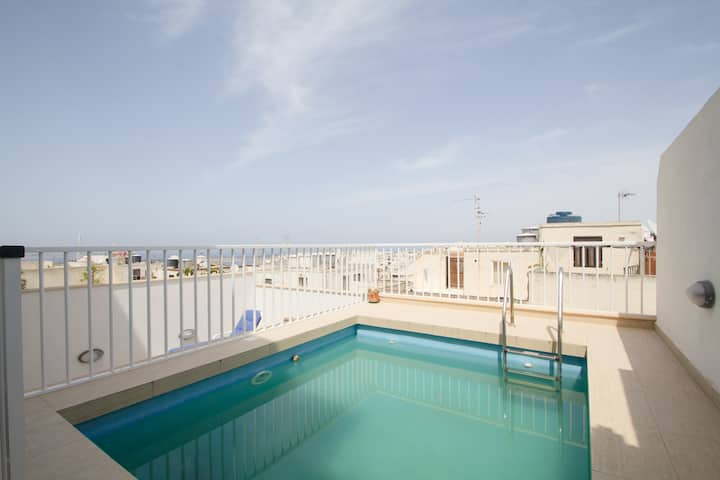 Maisonette with private pool in Mellieha