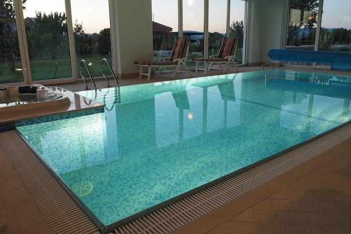 Villa Marina Betina-SPECIAL RATES FOR MAY & JUNE