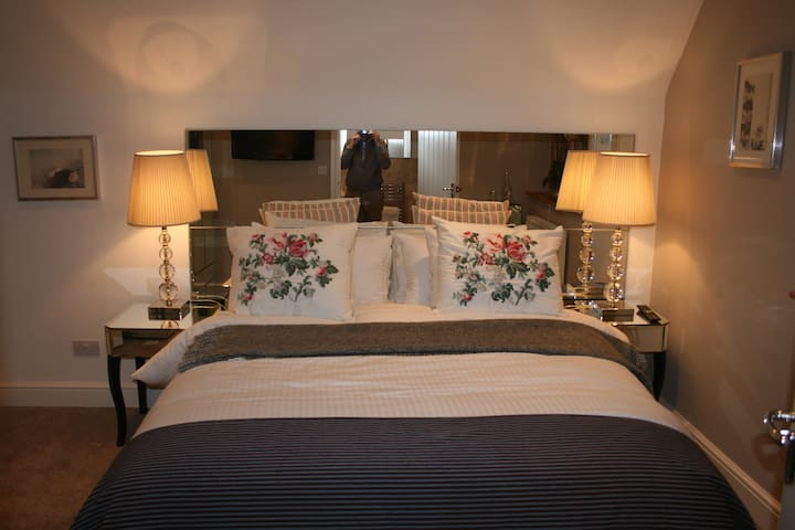 Shoyswell Cottage - Glass Room - East Sussex - Bed & Breakfast