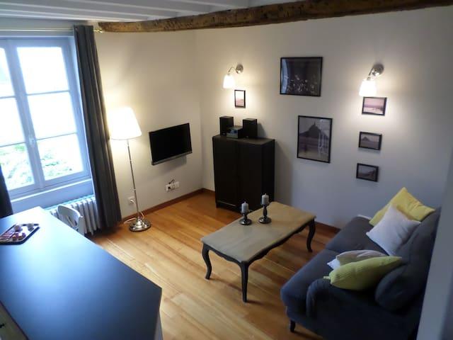 Gite de charme en duplex avec spa - Bayeux - Apartament