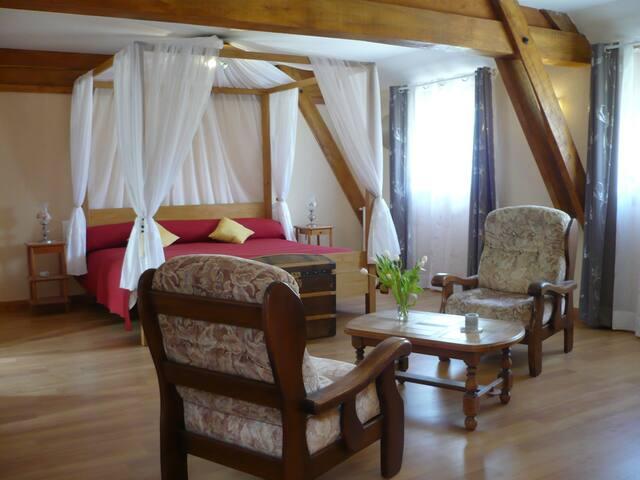 Chambre ROMANTIQUE en Périgord Noir - Coux-et-Bigaroque - Bed & Breakfast