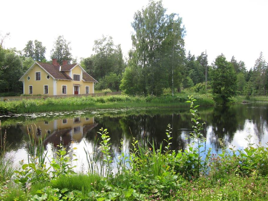 Hllestads Kyrka, Hllestad socken, Hllestad, Finspngs