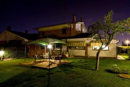 Villa a 20 min da roma Termini - Pantanelle