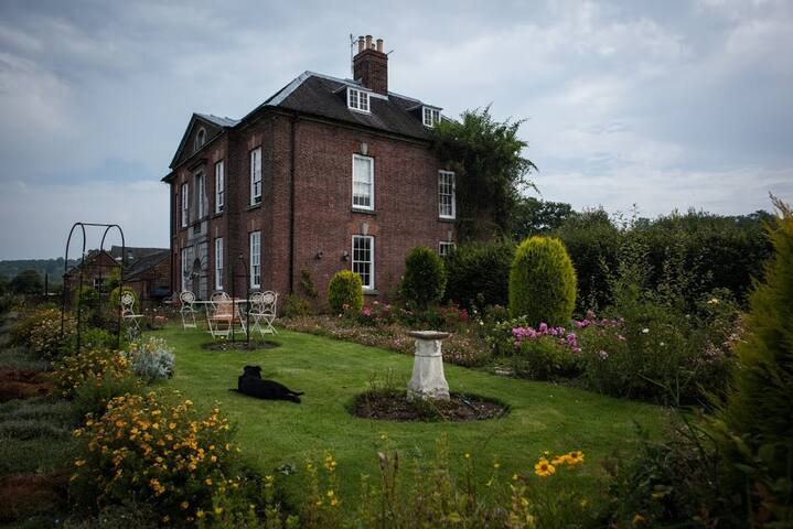Beautiful Georgian Manor House near Ashbourne - Ashbourne - Huis