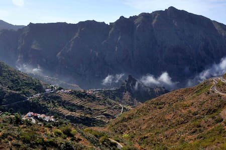 MASCA, A ROOM WITH A VIEW-TENERIFE - Buenavista del Norte - Huis