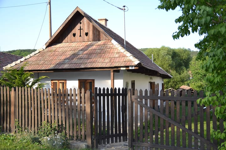 Authentic house in peaceful village - Terény