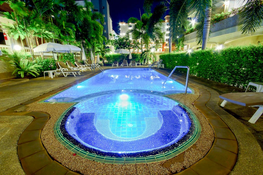 Access to this and 20 other swimming pools
