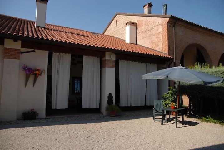 B&B Ca' Delfina - bed&breakfast - Castelfranco Veneto - Bed & Breakfast