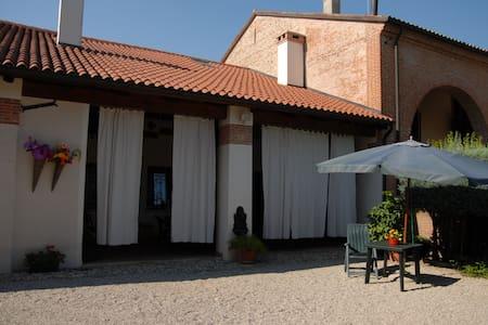 B&B Ca' Delfina - bed&breakfast - Castelfranco Veneto