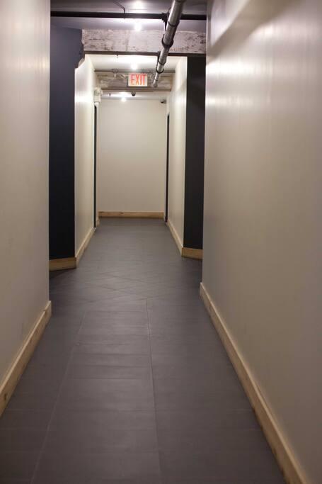 1 rm @ 3BR loft williamsburg room 2