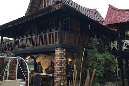 Teratak Omak Seh - Rawang - Gæstehus