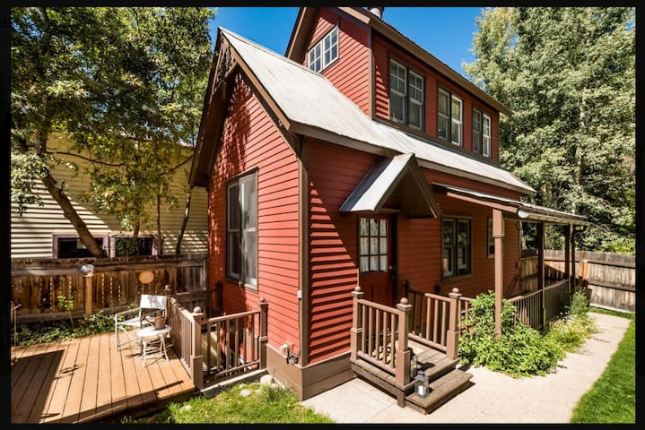 Cozy Carriage House, Main St, Aspen - Aspen - Haus