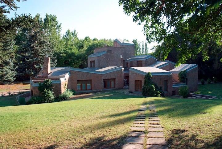 DESIGN AWARD House - Peace retreat