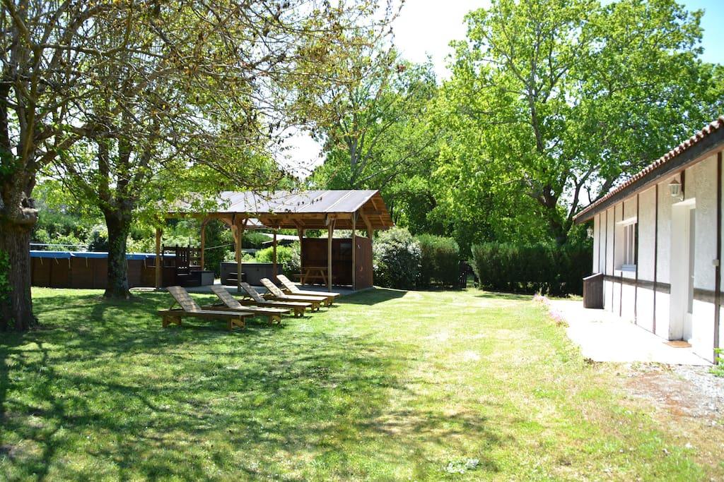 Maison landaise dans ranch de 8 hectares maisons louer - Table jardin sans entretien saint paul ...