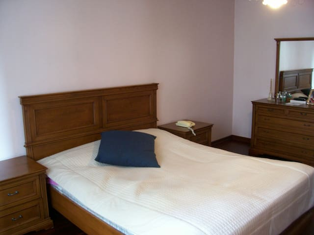 BUDGET FRIENDLY ROOM FOR GROUPS - Istanbul - Huis