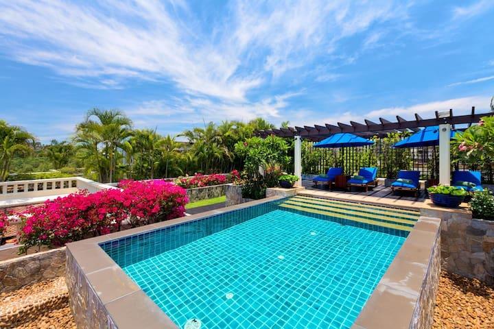 Kanika Residence - Private pool penthouse, 100 meters to beach