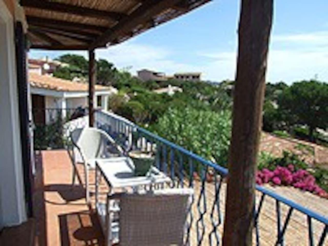 Piazzetta dei fiori Porto Rafael - case in affitto a Punta Sardegna