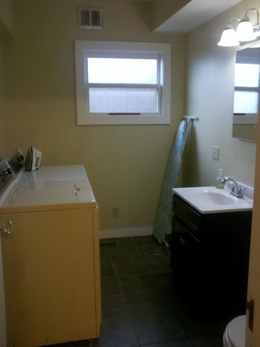 Laundry room/half bath