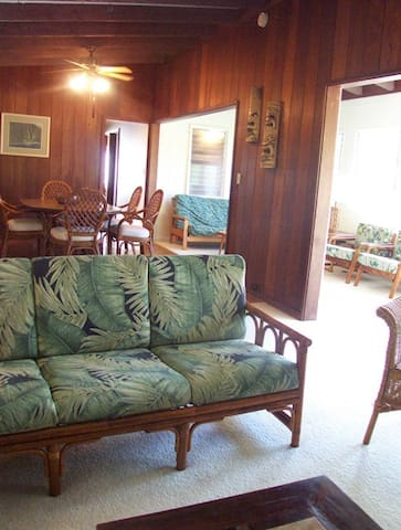 Spacious, Airy House, Mins to Beach - Kailua - Rumah