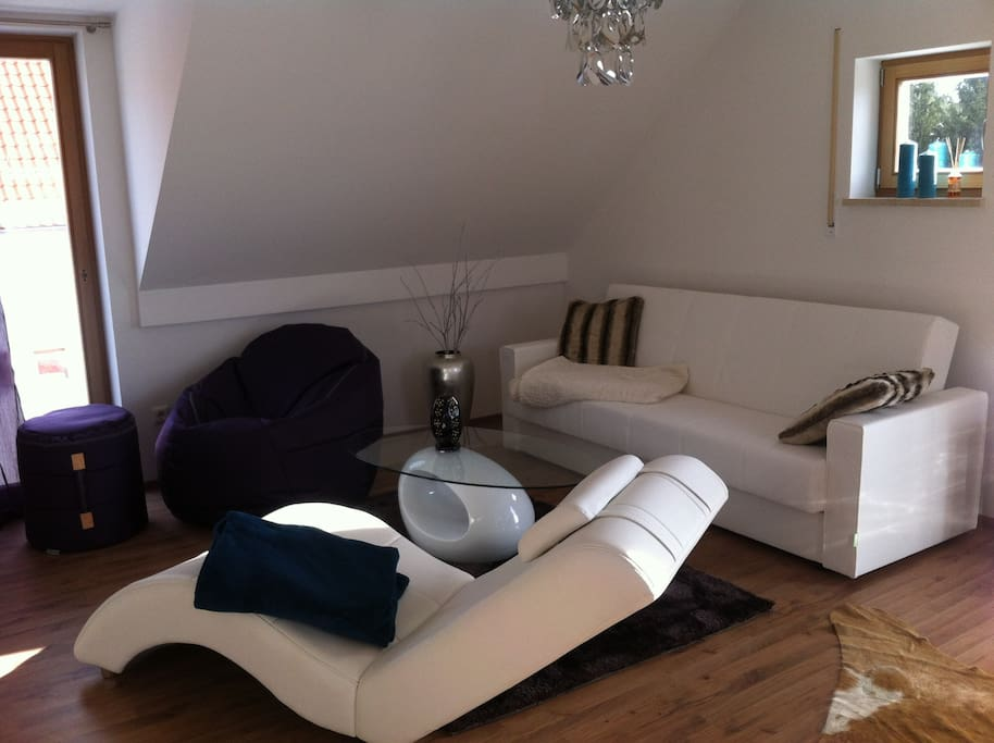 living room / Wohnraum