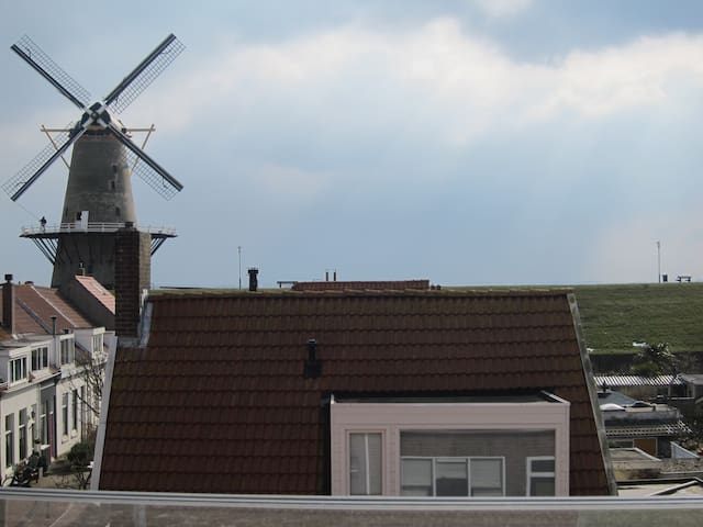 Beach house, 50 meter from the sea - Vlissingen - Dom