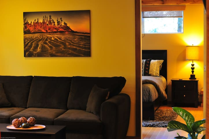 Tastefully decorated and comfort guaranteed.