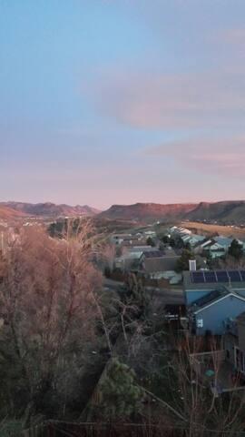 1 Bdrm - Mesa/Foothill View Suite