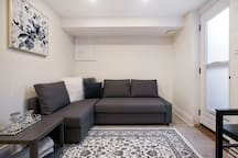 Ossington | Trinity Bellwoods new & clean suite