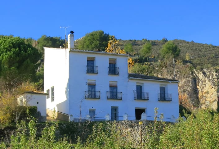 Amazing house in the mountain close to Altea - Benimantell - Rumah
