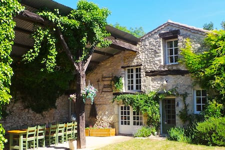 Farmhouse & Cottage with Heated Pool & Games room - Duras