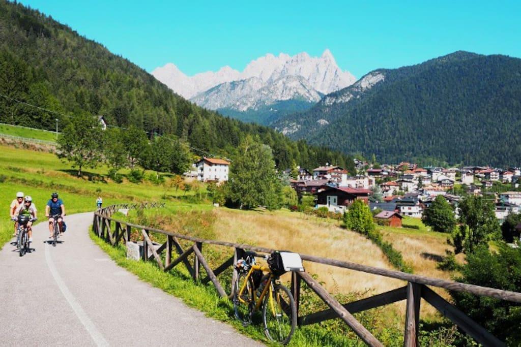 La pista ciclabile di calalzo che porta fino a Pieve (anche per gite fuori porta per i boschi)