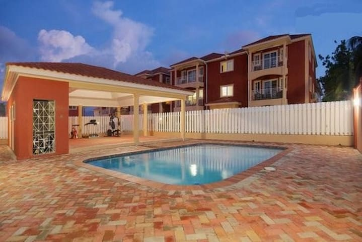 Rooms at Paradise Place - Kingston - Apartment
