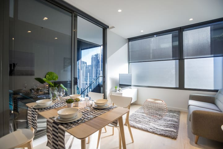 New Apartment South Yarra, Walk To Chapel Street