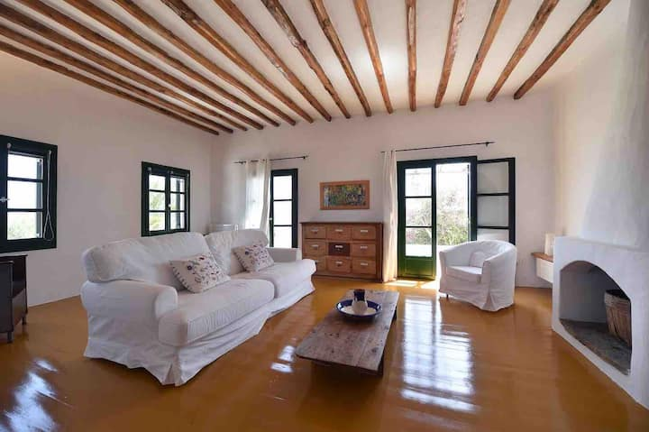 Villa with heavenly views 5 m to the beach on foot