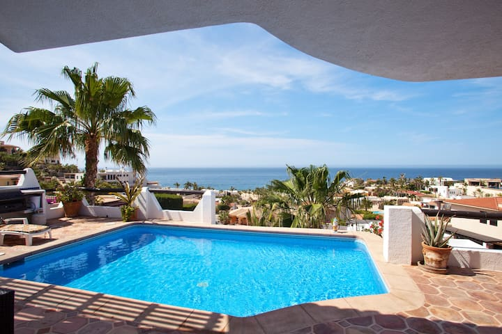 Ocean View 4 Bedroom Pedregal Villa w/Private Pool