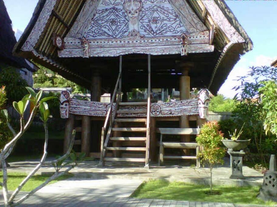 pendopo sopo village adat sumatera utara