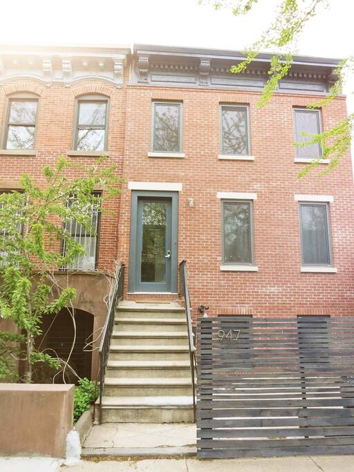 Modern townhouse duplex in brooklyn houses for rent in for Townhouse for rent nyc