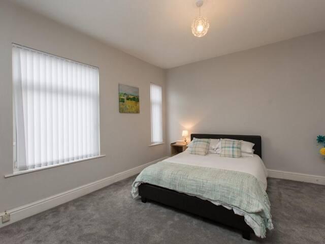 Town House @ Wistaston Road  - Double Room 2