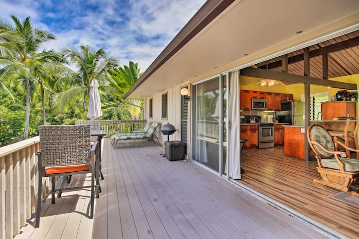 Kailua-Kona Condo w/Pool Access, 1Mi to Beach