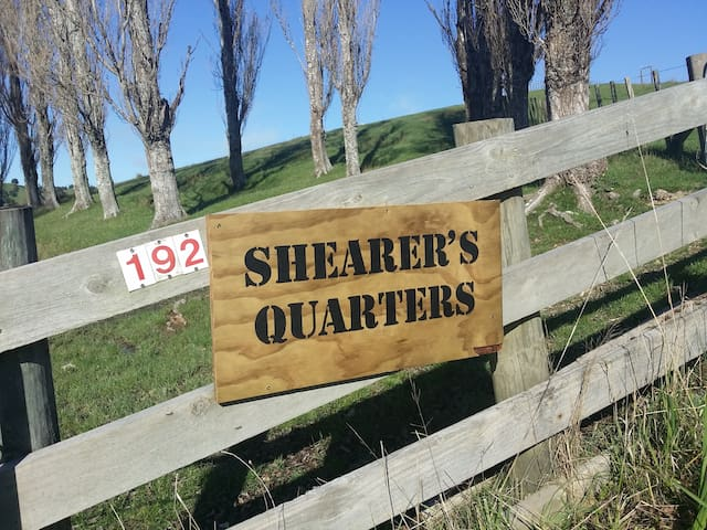 The Shearers Quarters Farm Cottage