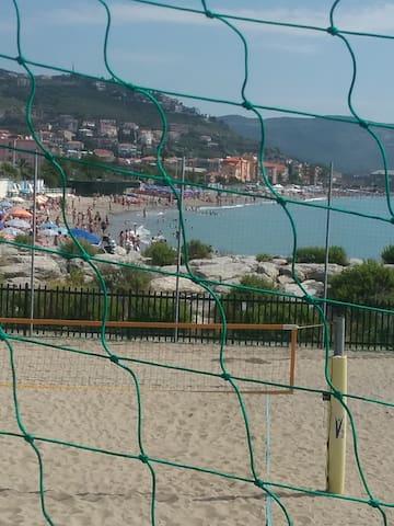 Casa vacanza vicino al mare e porto di Loano - Pietra Ligure - Leilighet