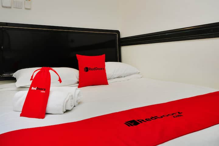 Room in Boutique hotel near Marine Parade Central