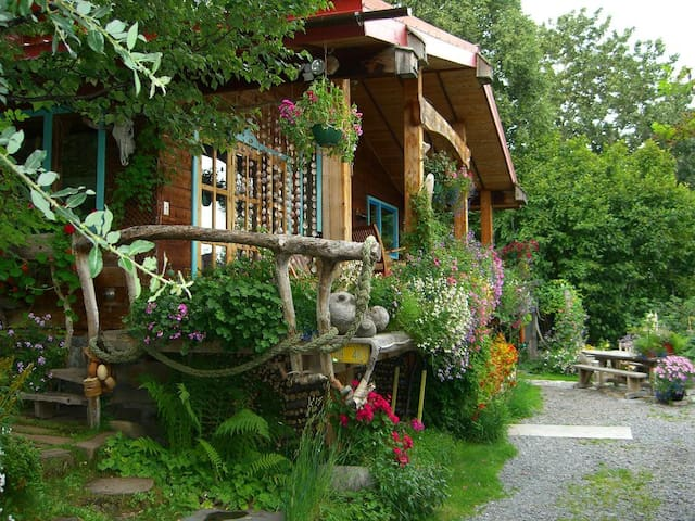Brigitte's Bavarian Bed & Breakfast