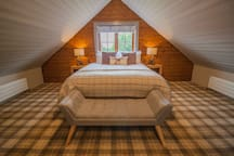 Main bedroom with king size bed and hypnos mattresses
