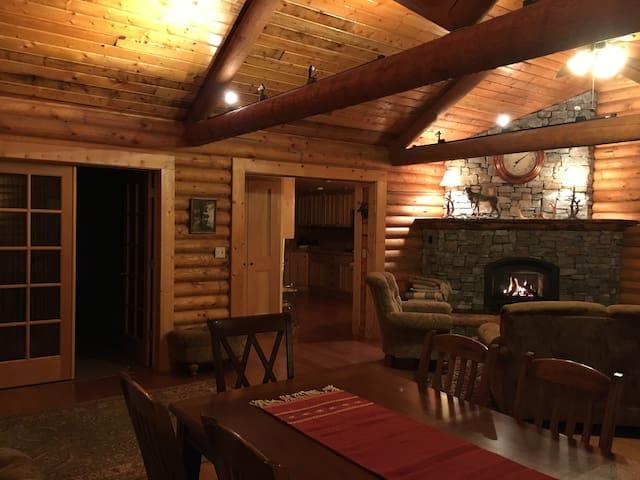 The Lodge at Aspen Grove Inn