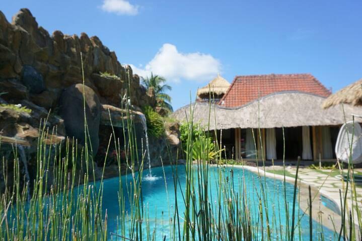Puri Samaira (5 minutes from Lombok Elephant park)